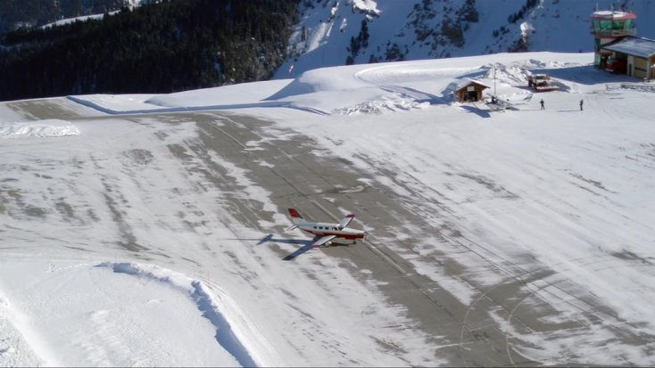 Aeropuerto Internacional de Courchevel, Francia
