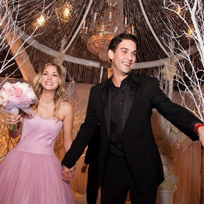 Vestido Kaley Cuoco y Ryan Sweeting