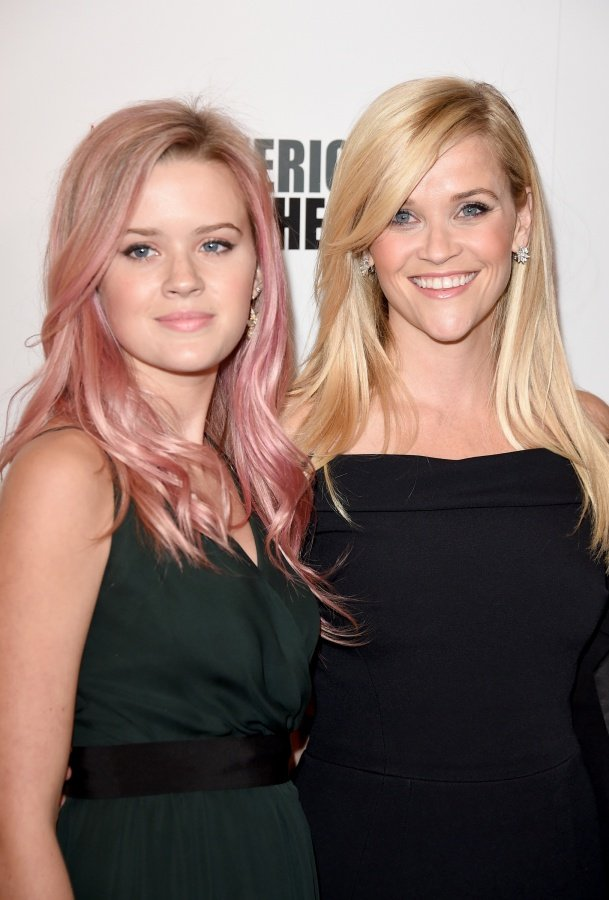 1. Ava Elizabeth Phillippe y Reese Witherspoon. 1